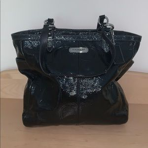 Authentic coach platinum leather black medium tote